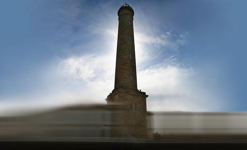 "Torres legendarias / Faros, minaretes, campanarios, rascacielos • <a style=""font-size:0.8em;"" href=""http://www.flickr.com/photos/30735181@N00/32493400336/"" target=""_blank"">View on Flickr</a>"