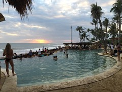IMG_5266 (Bali .com - Snapshots from the Island of the Gods) Tags: finns beach balibeach canggu bali balicom balidotcom sunset beachclubs balisunsets wisata baliwisata