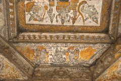 Paintings on the ceiling of the temple mandapa (VinayakH) Tags: kanchipuram india tamilnadu temple sculptures historic religious hindu shiva varadharajaperumaltemple varadharajaperumal vijayanagaraempire