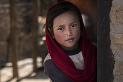 (silvia pasqual) Tags: nepal nepali himalaya people portrait portraiture person girl beauty beautiful child children color colors colorful light sun outdoor looking eyes red village travel traveling travelers travelphotography photo photography lensculture canon 6d worls soul asia asian
