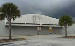A Year Later, Still a Gloomy Sight (Albertsons Florida Blog) Tags: storm weather retail clouds store closed gloomy florida empty former kmart palmbay unused brevardcounty