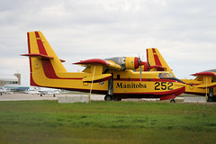 C-GYJB Winnipeg 11/09/14 (Andy Vass Aviation) Tags: winnipeg cl215 cgyjb