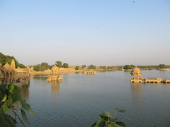 "Lac de Jaisalmer <a style=""margin-left:10px; font-size:0.8em;"" href=""http://www.flickr.com/photos/127723101@N04/22202820380/"" target=""_blank"">@flickr</a>"