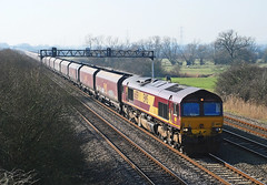 66159. (curly42) Tags: transport shed railway freight class66 ews coedkernew 66159