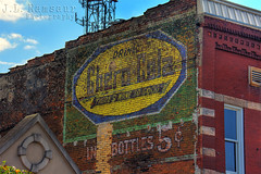 Chero Cola Ghost Sign - Shelbyville, TN (J.L. Ramsaur Photography) Tags: history abandoned sign photography photo nikon tennessee pic faded photograph signage americana thesouth hdr shelbyville oldsign fadedsignage ghostsign fadedsign vintagesign ruralamerica oldsignage historicbuilding 2015 beautifuldecay smalltownamerica bedfordcounty signssigns vintagesignage photomatix signcity retrosign bracketed middletennessee ruraltennessee hdrphotomatix fadingamerica hdrimaging abandonedplacesandthings shelbyvilletennessee vanishingamerica retrosignage oldandbeautiful ibeauty historyisallaroundus iloveoldsigns cherocola hdraddicted shelbyvilletn abandonedneglectedweatheredorrusty tennesseephotographer theresnonesogood southernphotography screamofthephotographer hdrvillage jlrphotography photographyforgod worldhdr tennesseehdr fadedghostsign iseeasign it'sasign d7200 hdrrighthererightnow engineerswithcameras hdrworlds jlramsaurphotography nikond7200 americanrelics it'saretroworldafterall cherocolaghostsign drinkcherocola