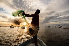 Fishing Sunset (Xavy Vp) Tags: sunset mxico atardecer boat fishing nikon ship gulf yucatn peninsula golfo vp pescando xavy 1224mmf4 d7100