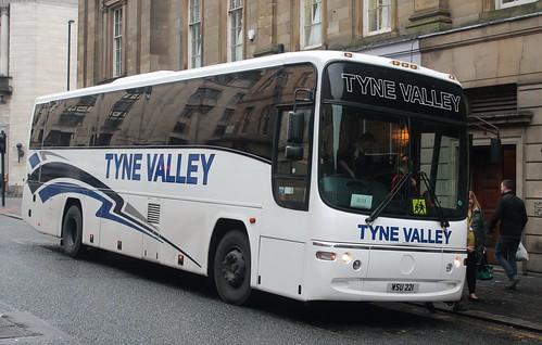 Tyne Valley Coaches: WSU221 Volvo B12M/Plaxton