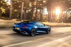 Aston Martin Vanquish S -02