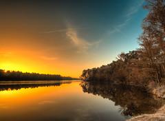 Cold morning (Steppenwolf33) Tags: berlin deutschland sonnenaufgang sunrise see lake steppenwolf33 sky reflections reflexionen
