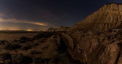 Senda Bardenera (Bardenas Path) (Alejandro García Sepúlveda) Tags: nocturna nubes estrellas bardenas largaexposición cielo montes cárcavas navarra noche azul relieves