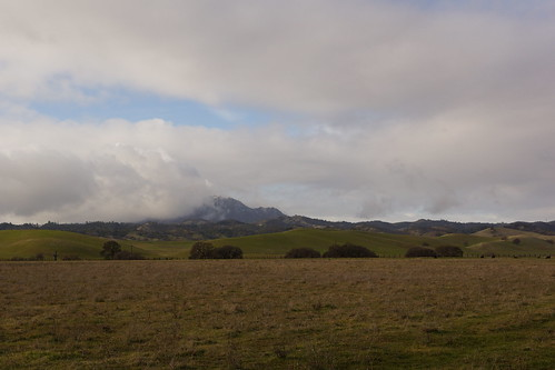 2017-01-02 Snow and Clouds on Mount Diablo (#3)