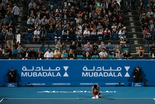 "Ball boy wiping the court due to humidity • <a style=""font-size:0.8em;"" href=""http://www.flickr.com/photos/125636673@N08/31952983426/"" target=""_blank"">View on Flickr</a>"
