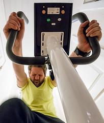 Nyårslöfte (Castorian) Tags: fs170122 fotosondag lofte newyearspromise training nopainnogain sweat pulse cycle pain suffer cykla cykel träningscykel beach2017 åldersnoja 40årskris kalorier