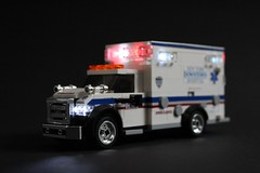 Downtown Hospital Ambulance (sponki25) Tags: nyc newyork downtown hospital ambulance ford f450 rettungswagen fahrzeug lifelites braun expess iii lego emergency vehicle