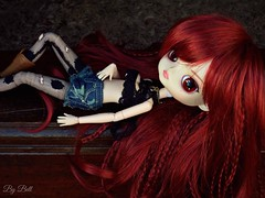 """I-I feel like I'm losin' my mind-ind"" (♪Bell♫) Tags: dalchibi risa rock ellie armstrong wig groove doll fuck u betta"