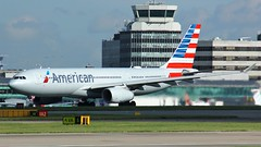 N281AY (AnDyMHoLdEn) Tags: americanairlines a330 oneworld egcc airport manchester manchesterairport 23r
