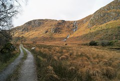 DSC02736 (margaret.metzler) Tags: ireland donegal countydonegal glenveagh glenveaghnationalpark nationalpark autumn 2017 path trail road waterfall landscape view hiking