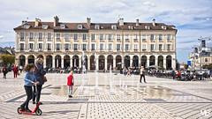 Saint Germain-en-Laye DxOFP LM+35 1006087 (mich53 - thank you for your comments and 5M view) Tags: saintgermainenlaye france cielbleu leicamtype240 summiluxm35mmf14asph place scènesdevie yvelines architecture télémètre rangefinder street