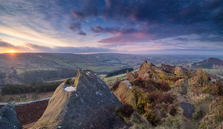 Sunrise over Ramshaw Rocks