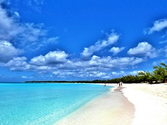 Pure Beach (moonjazz) Tags: beach white pure blue color island key bahamas caribbean paradise sand aqua ocea landscape pristine pretty deserted best senic alone horizen timeless environment clean clear