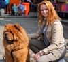 "chouette fille, showing a chowchow. (e³°°°) Tags: ""redhead day"" rood roodharigendag red retratos rouge ros roodharig rot rothaarig hair redhead days 2017"" ""roodharigendag rhd2017 pelirrojo portrait portraiture posing retrato rosso breda nl lady woman mademoiselle female femme frau mädchen girl girls glimlach ginger lach smile sorria sonrisa sourire valkenbergpark stunning gals women vrouw ragazze красный рыжий ryzhiy pelirroja redhaired mc1r dog hond chowchow chien"