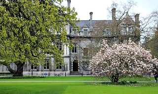 Dublin's Fair City: Trinity College