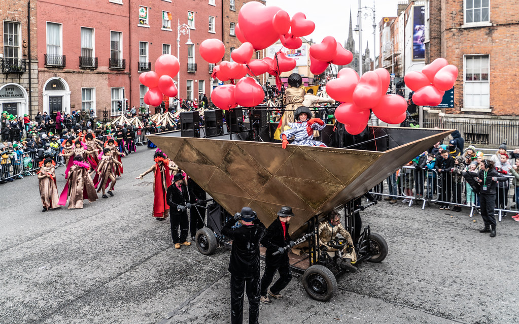 HOME IS WHERE ME HEART IS - CITY FUSION [SAINT PATRICKS DAY PARADE IN DUBLIN]-137652
