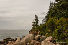 Bass Harbor Head Light - Maine (John H Bowman) Tags: newengland maine hancockcounty bassharbor baysinlets bluehillbay gulfofmaine atlanticocean mtdesertisland lighthouses atlanticlighthouses newenglandlighthouses mainelighthouses bassharborheadlight historic nrhp rockycoast cloudyskies september2017 september 2017 canon24704l