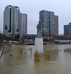 Paris (annachj55) Tags: paris seine annachj55