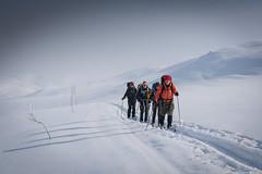 The train is comming (hanschristian_nielsen) Tags: norge skiferie skarvheimen hyttetilhytte cabintocabin snow winter norway skiing