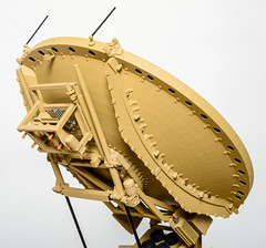 09-military_antenna_dish_on_trailer_scale_model (Gamla Model Makers) Tags: scale model replica military army vehicle trailer electronic equipment communications antennadish tradeshow exhibit presentation