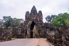 Angkor Thom South Gate, Siem Reap, Cambodia (January 2018) (H_E_L) Tags: hel cambodia siemreap angkor khmer unesco unescoworldheritage architecture asia temple buddhist buddhism southgate angkorthomsouthgate southgateangkorthom angkorthom