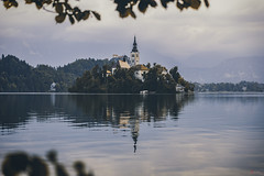 Lake Bled Framed (_Hadock_) Tags: lake bled slovenia mirror island reflection reflect water agua lago reflejo isla church iglesia eslovenia frame creative commons fullhd fondo de pantalla screensaver desktop wallpaper android iphone10 iphone x iphone10x nikon d750 tamron 2470