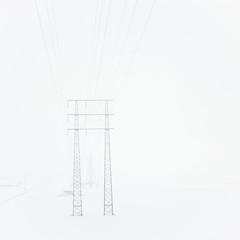 Bergsbrunna, March 12, 2018 (Ulf Bodin) Tags: uppsala sverige transmissiontower canonef40mmf28stm mist sweden outdoor dimma bergsbrunna snow snö minimalism winterlines canoneos5dsr vinter fog pylon powerline uppsalalän se lines