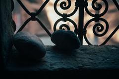 One From the Heart (Tom Levold (www.levold.de/photosphere)) Tags: zagora marokko fuji morocco xt2 xf18135mm still steine stillleben gitter window grid fenster stones