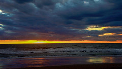 Stormy .... (Raquel Borrrero) Tags: sea seascape sunset stormy storm beach reflections reflejos mar agua water naturephotography naturaleza atardecer tormentoso tormenta nubes clouds costa cádiz playadecostaballena puestadesol cielo océano arena playa ciel sky weather waves evening olas