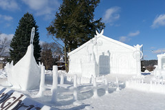 Winter Carnival 2018-14 (Nathan Invincible) Tags: michigan michigansupperpeninsula michiganskeweenawpeninsula mi michigantechnologicaluniversity michigantech winter carnival wintercarnival statue snow snowstatue campus university college ice sculpture snowsculpture