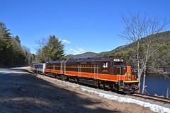 Saratoga & North Creek Railway (ERIE1960) Tags: railroad railfan trains locomotive adirondacks saratogaandnorthcreek emd passengertrain newyorkrailroads hudsonriver gp40fh2