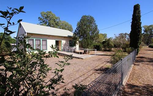 11 Scott St, Scone NSW 2337