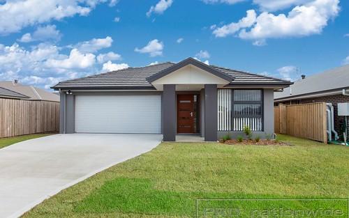10 McNamara Street, Thornton NSW
