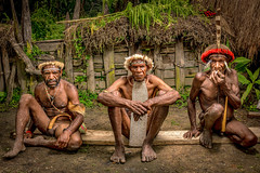 The Dani's Tribe With Their Tradisional Wear. (tehhanlin) Tags: wamena tribes tribe sukudani sony isolated valley people culture portrait portraits place places baliemvalley baliemvalleyfestival lembahbaliem lembah world asia papua indonesia ngc travel