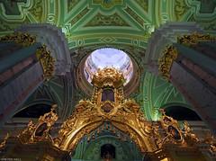 Iconostasis (peterphotographic) Tags: p3190005edwm olympus em5mk2 microfourthirds ©peterhall stpetersburg saintpetersburg russia петропавловскийсобор iconostasis санктпетербу́рг росси́я church cathedral gold golden orthodox dome ceiling column light god