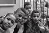 Foto- Arô Ribeiro -8334 (Arô Ribeiro) Tags: blackwhitephotos photography laphotographie pb bw blackandwhite brazil candidportrait portrait sãopaulo arôribeiro pretoebranco fineart art