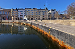 Ice and low water levels (negative 44 cm) in Nybro Bay in Stockholm