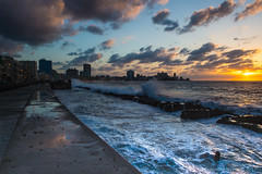 Malecon sunset (I saw_that) Tags: uncool cool uncool2 uncool3 uncool4 uncool5 uncool6 cool2 uncool7 iceboxuncool