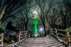 (untitled) (ytsai2937) Tags: seoul dongdaemun design plaza tower night