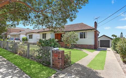 25 Little Rd, Bankstown NSW 2200