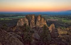Smith Rock Splendor (Philip Kuntz) Tags: sunrise sunup dawn daybreak firstlight smithrock smithrockstatepark terreton oregon