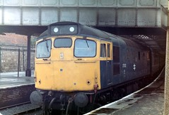 27022 Dundee (dhtulyar) Tags: teacup tiptop sulzer brcw 26 27 mcrat 27022 dundee glasgow
