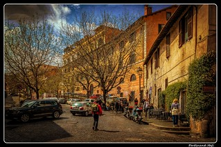 Roma_Trastevere_spring on Via Garibaldi